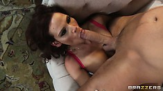 Splendid cock-feasting monster-lady Syren DeMer devours cum-stick