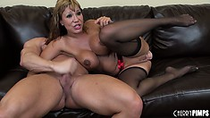 Devilish courtesan Ava Devine is banged deep in her big mouth